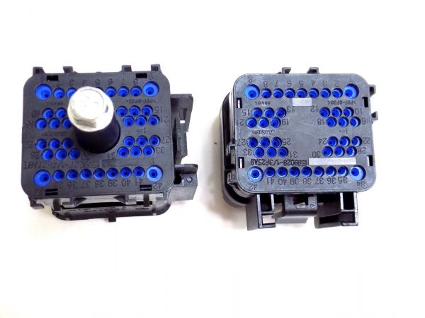 42-Pin Blank Connectors for 94-03 7.3L Powerstroke